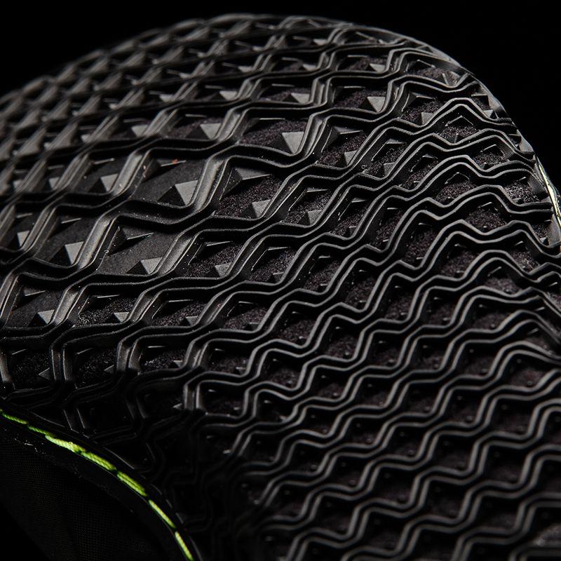 2a89cbeb80e Adidas Mat Wizard.3 černá žlutá S77969